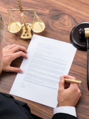 Перевод судебных исков